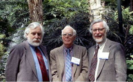 Photo of Jerry Lyons, Martin Gardner, and Tom Banchoff