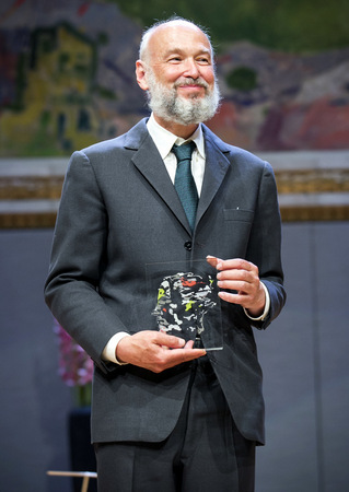 Pierre Deligne receiving Abel Prize