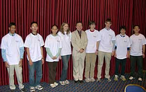 The eight contestants and Mike